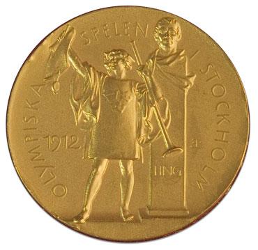 Az 1912-es és a 2012-es olimpia aranyérméi. Forrás: nationaltreasures.nla.gov.au, technologystemibs2012.wordpress.com, Conclude Zrt.