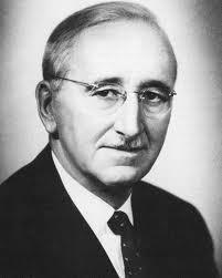 Friedrich August von Hayek. Forrás: philosophyeconomicsandpolitics.com, Conclude Zrt.