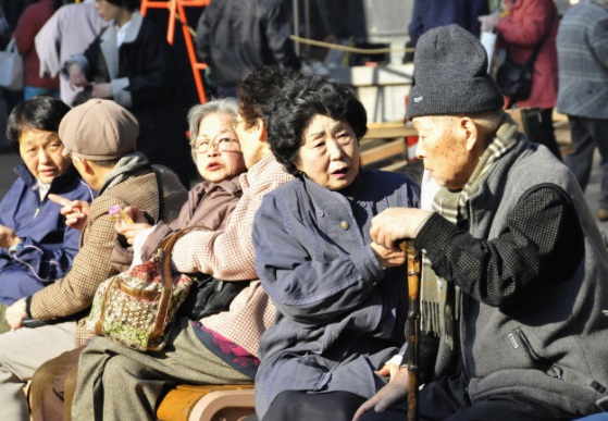 Idős japánok. Forrás: foreignpolicy.com, Conclude Zrt.