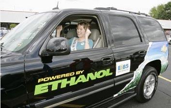 Etanollal hajtott autó. Forrás: www.treehugger.com, Conclude Zrt.