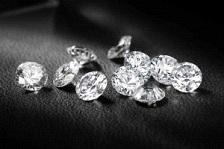 Paradigmaváltás zajlott le a gyémántpiacon az elmúlt 25 évben; Forrás: Bain and Co., Conclude Zrt.