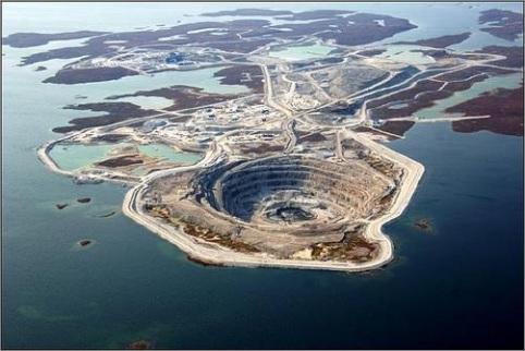 A Diavik gyémántbánya Kanada északnyugati részén. Forrás: cretureofchoices.blogspot.hu, Conclude Zrt.