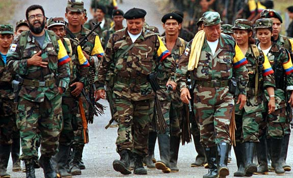 FARC-tagok demonstrációja. Forrás: bermudaradicalwordpress.com, Conclude Zrt.
