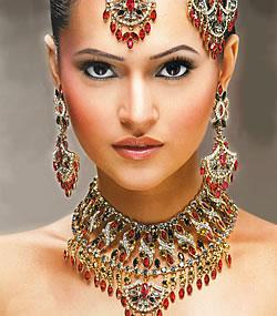 Indiai ezüst-arany menyasszonyi ékszer