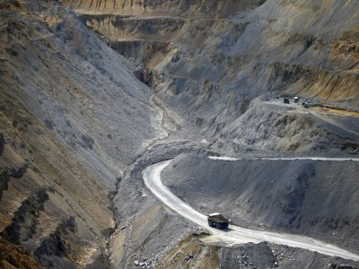 A rézpiacok kínálata hosszú idő után ismét növekszik, miután a fém egyik fő felhasználója, az építőipar világszerte kezd magához térni.Forrás: Businessinsider.com, Reuters, Morgan Stanley