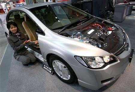 Lítium-akkumulátoros hibrid autó. Forrás: www.reuters.com, Conclude Zrt.